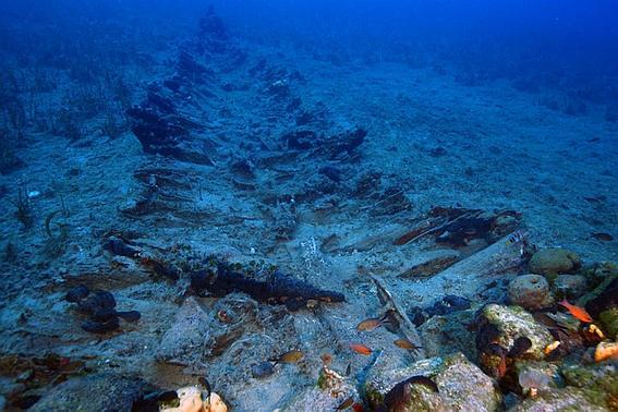 Археологи нашли древний замок на дне озера