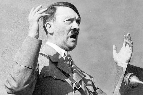 В 1945 А.Гитлер был убит в своем бункере в Берлине, погиб в подводной лодке при попытке бегства или скрылся в Южной Америке ?