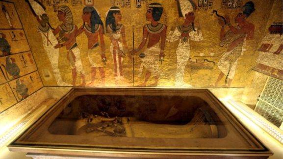 В гробнице Тутанхамона в пирамиде не нашли тайных комнат