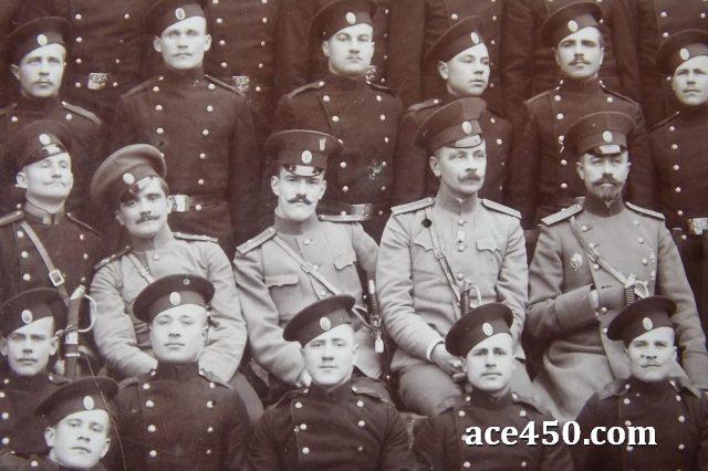 Отцы командиры среди личного состава 61 Владимирского полка