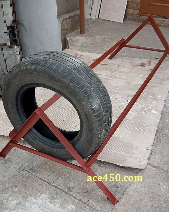 Самодельный стеллаж для хранения шин на машину